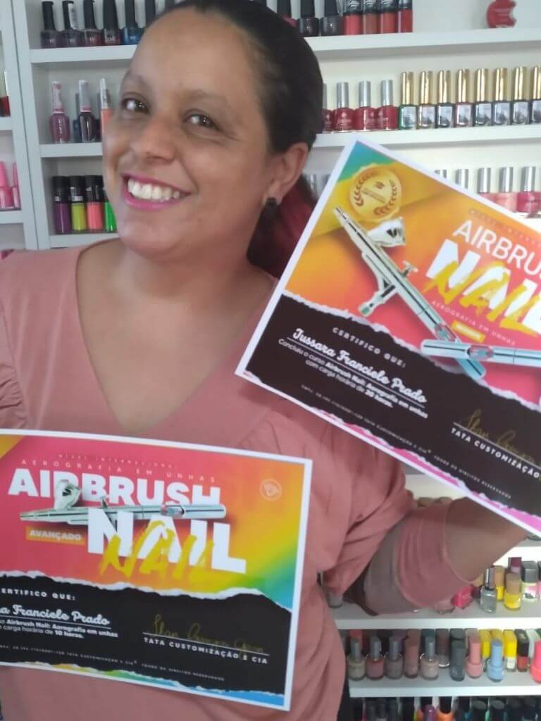 Curso Tata airbrush aluna com certificado (1)